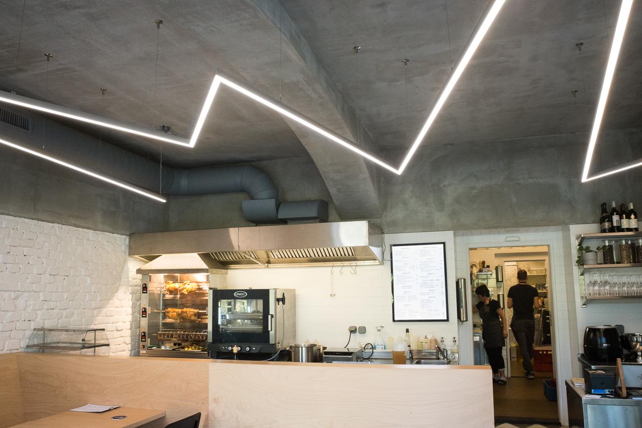 Realizace - Kro Kitchen bistro & rotisserie 26