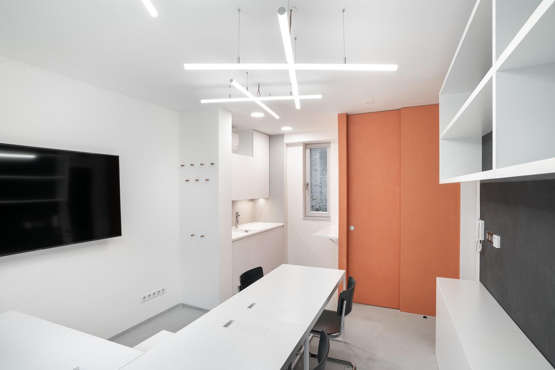 Realizace - Dům s kancelářemi a byty Brno 0